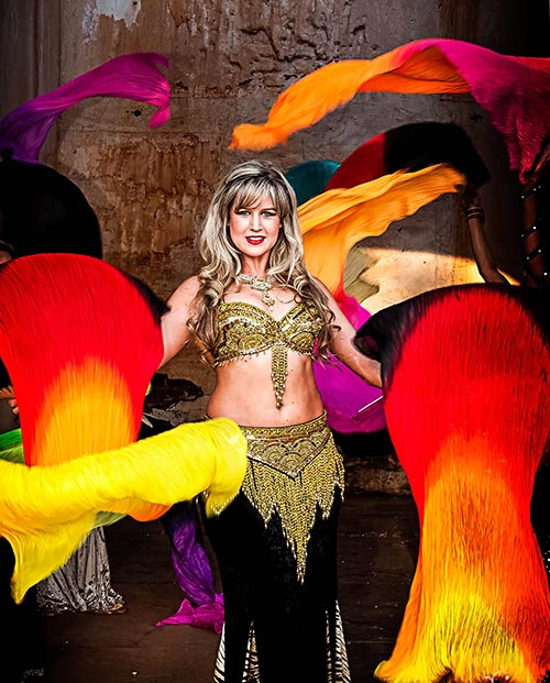 Carley - Bellydance with fan veils