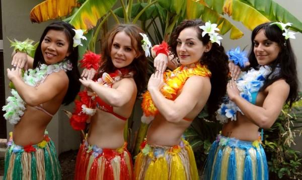 Hula Dancers - 064